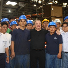 Alvaro Noboa And Workers
