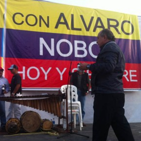 2012 Popular National Assembly - Alvaro Noboa (28)
