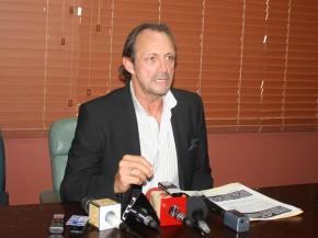 roberto ponce insiste en no participar en remates fraudulentos