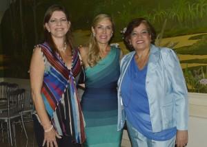 Soledad de Peña, Anabella de Noboa y Jenny Arteaga 166