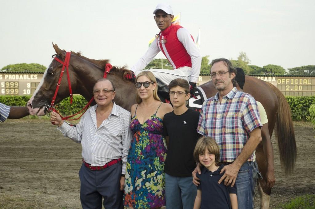 alvaro noboa y familia