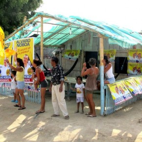 La Península de Santa Elena Respalda a Álvaro Noboa