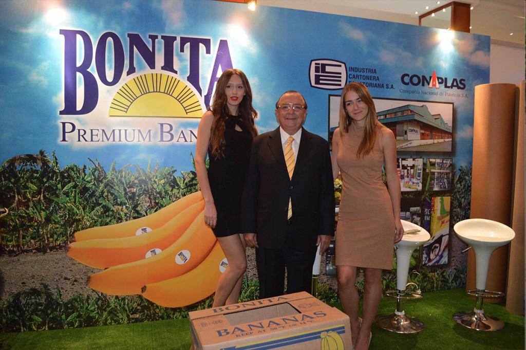 STAND_DE_BONITA_FORO_INTERNACIONAL_BANANO_2015_4